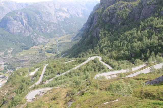 At the end of the Lysefjord is the Lysevegen Road with its 27 hairpin bends it snakes its way up the 900m ascent above Lysebotn.